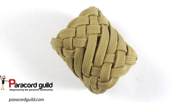 Unusual 11L10B turk's head knot.