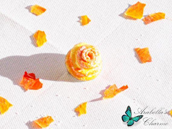 Spilla con fiore rosa gialla e arancione fatta di ArabellasCharme