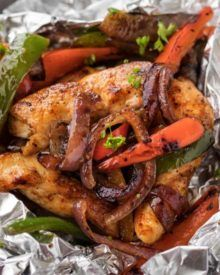 The packets of chicken leaves Fajita are the ideal meal for summer outings or cams.   – Food