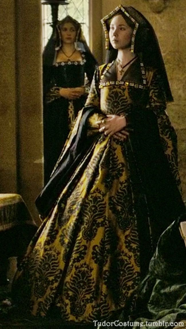 Juno Temple as Jane Parker in The Other Boleyn Girl  2ddceb1f41156