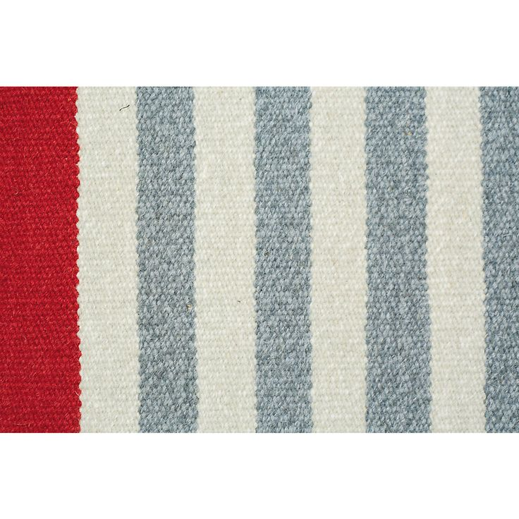 mustergltig skandinavisch das klare grau weie streifenmuster des handgewebten teppichs fasst die textildesignerin - Wohnzimmereinrichtung Beige Wei