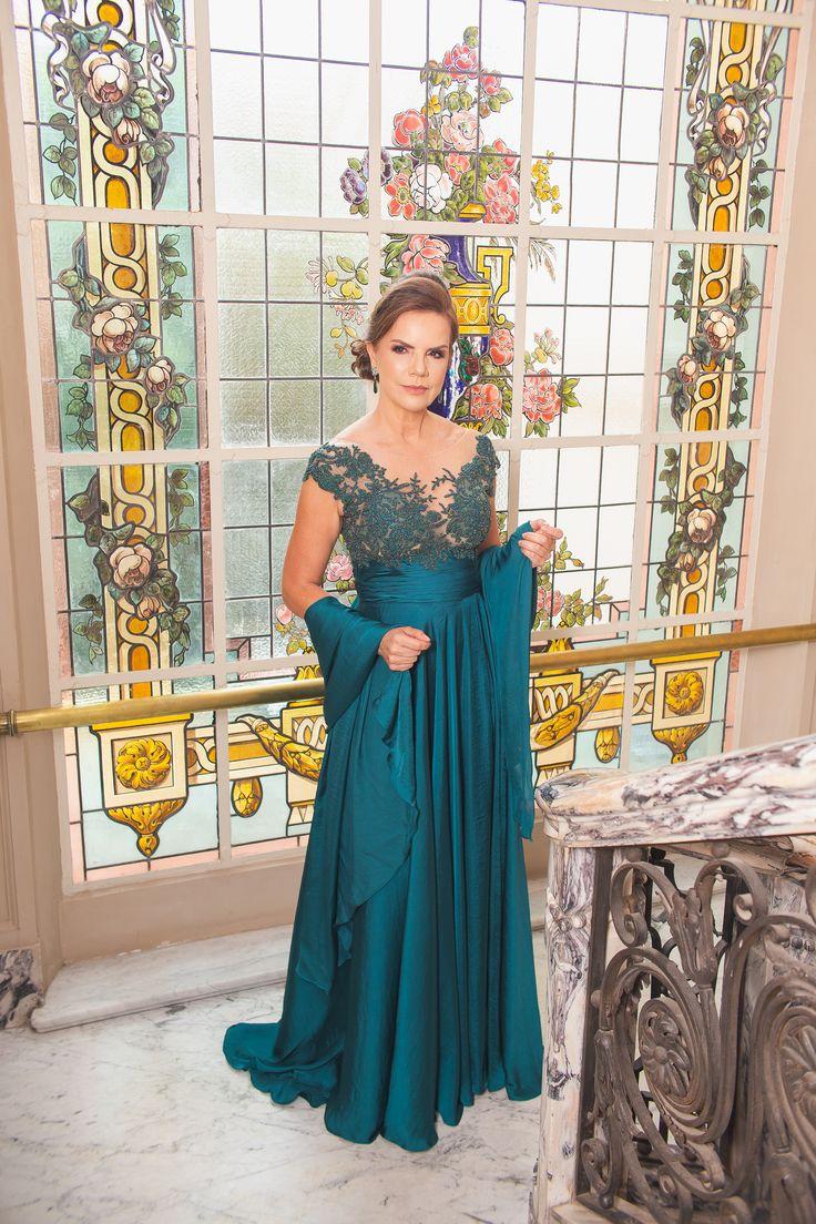 Vestido de festa em cetim verde Paris | Vestido de dama de honra | Vestido da mãe   – Vestidos de Festa Arthur Caliman
