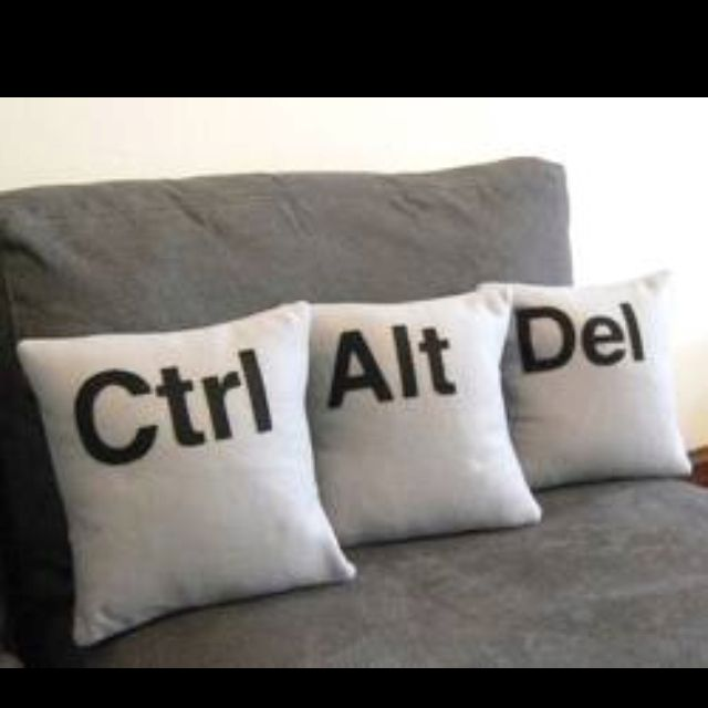 Computer, technology humor / geek home decor idea - ctrl alt del pillows (control alt delete) Lol