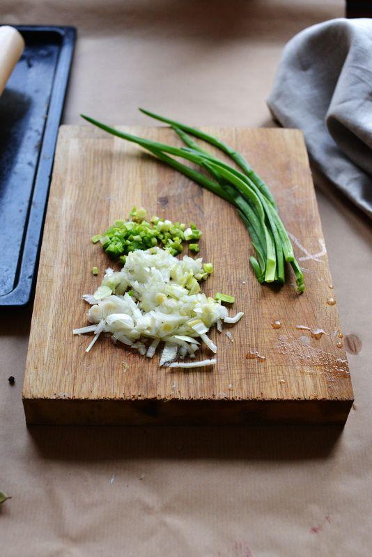 Domowy barszcz wigilijny z pasztecikami z suszonymi prawdziwkami | Make Cooking Easier