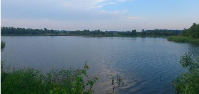 Darek opisał swoją zasiadkę, którą spędził nad zbiornikiem Ryczeń. http://karpiarstwo.pl/zbiornik-ryczen-zasiadka-lipiec-2013/