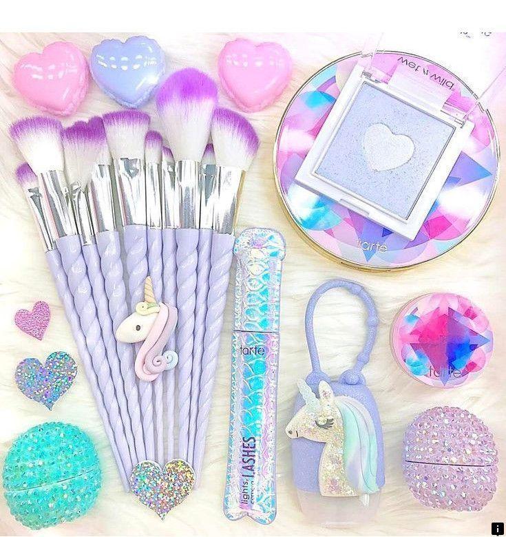 Makeup Kit Essentials Bags & Makeup Kit Essentials in 2020