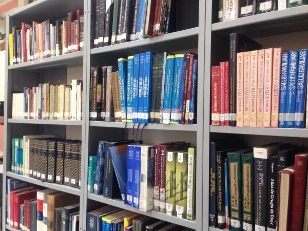 @flortrillo: En estas bibliotecas médicas colombianas utilizan KOHA y un BiblioChat con LiveZilla,…