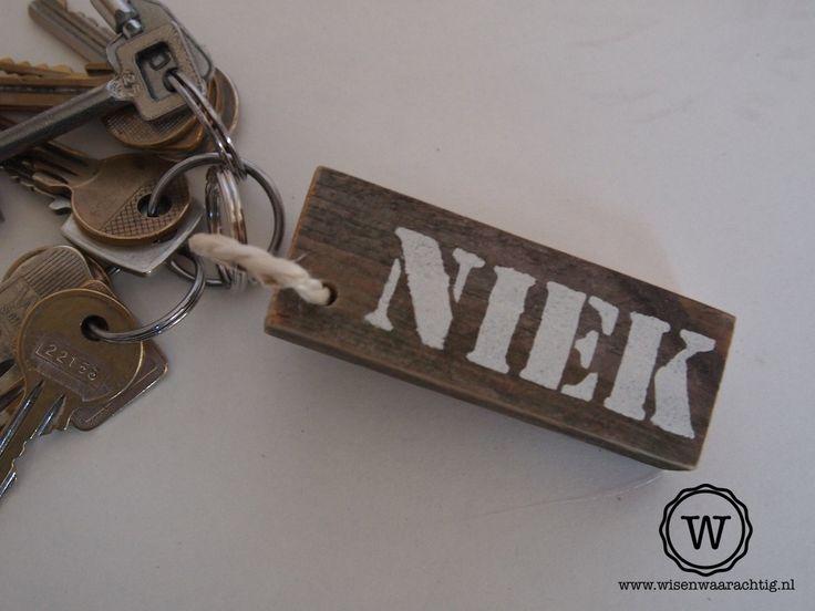 Stoere #sleutelhanger met naam.