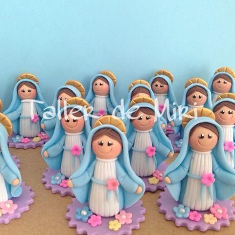 Mini Virgencitas Milagrosa Recordatorios de Primera Comunión #recordatorios…