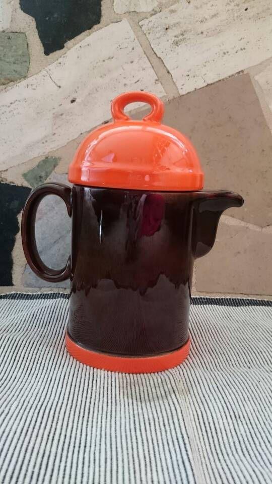 Blij om mijn nieuwste toevoeging aan mijn #etsy shop te kunnen delen: Villeroy en Boch Gallo Brasil oranje bruin, jaren 70 theepot, koffiekan, W. Germany keramiek vintage, retro http://etsy.me/2CAE0TO #koffie #verjaardag #koffiepot #theepot #vrolijk