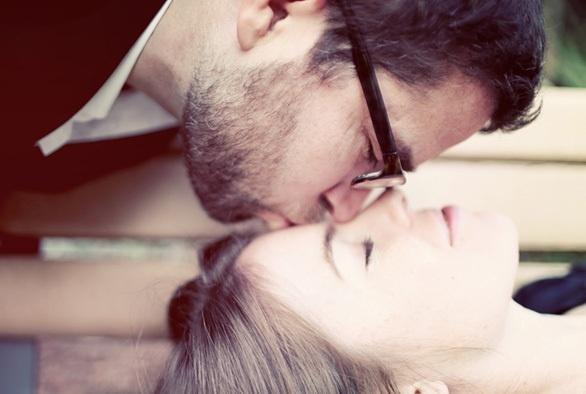 EngagementEngagement Pictures, Photos Ideas, Forehead Kisses, Engagement Photos, Sweets Kisses, Engagement Poses, Engagement Shots, Engagement Pics, Engagement Shoots