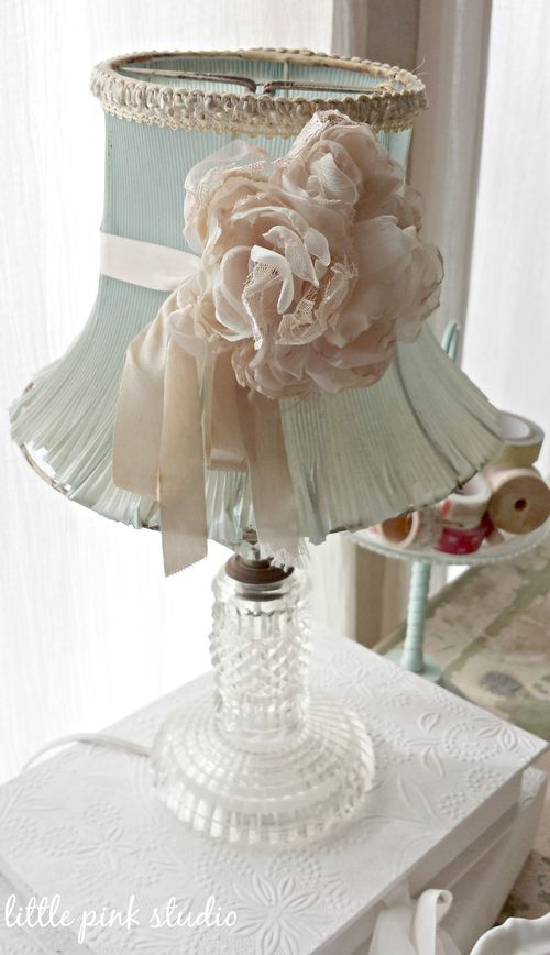 Vintage dressing table lamp ~