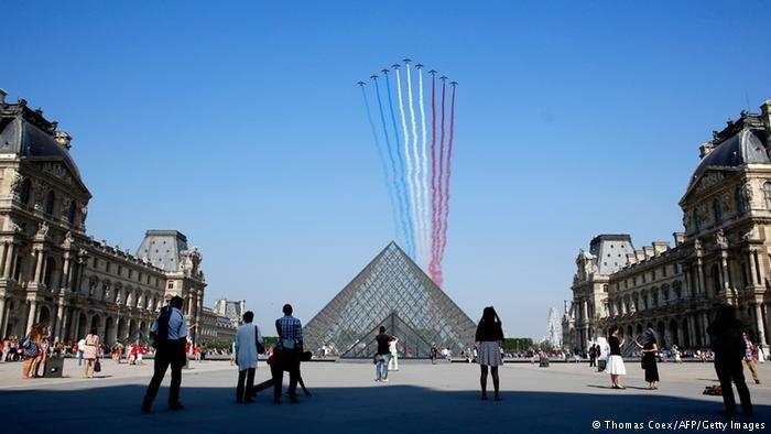 Louvre Müzesi New York'taki Modern Sanat Müzesi'nin önünde liderliğini koruyor. #Maximiles #Avrupa #Europe #tarih #tarihi #world #dünya #historic #history #turizm #tourism #historical #tarihiyerler #tarihmerkezleri #culture #kültür #farklıkültürler #seyahat #travel