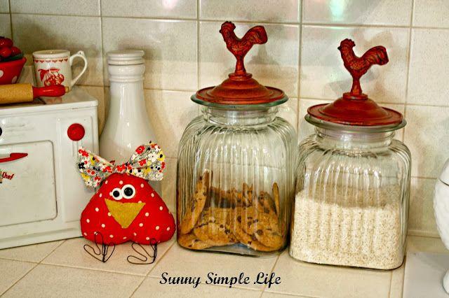 Pin by kim sieve fischbach on chickns n such pinterest for Chicken kitchen decorating ideas