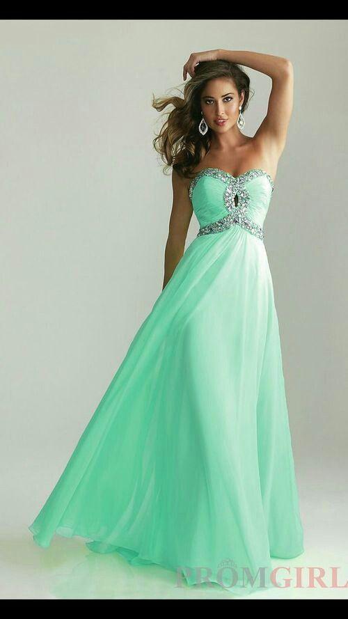 Vestido de noche verde menta
