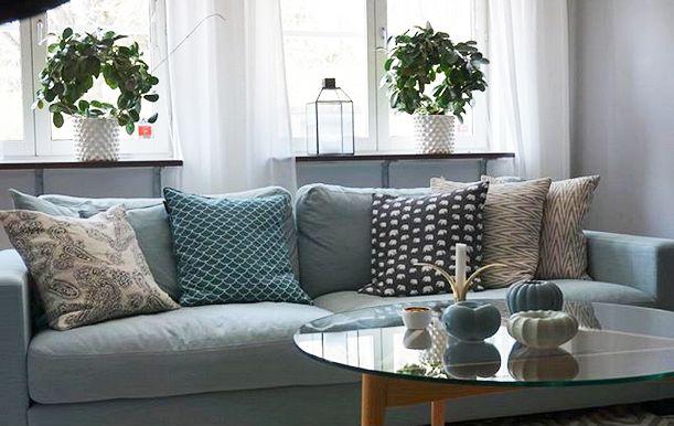 Turkos Valen XL soffa. Djup soffa, vardagsrum, linne, låg soffa, inredning, möbler. http://sweef.se/soffor/149-valen-xl-soffa-i-linne.html