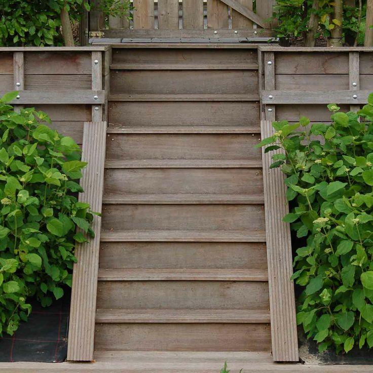 25 beste idee n over tuintrap op pinterest stappen voordeur voor trappen en houten terrassen - Ontwerp betonnen trap ...