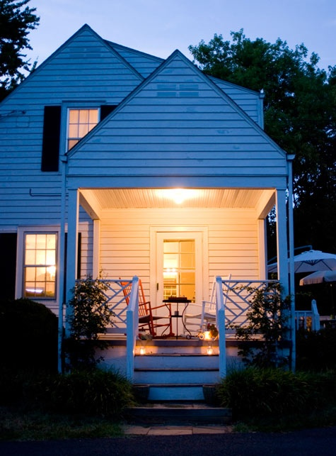 History of Porches: I'd love to have one...(a porch that is, a history I already have...)