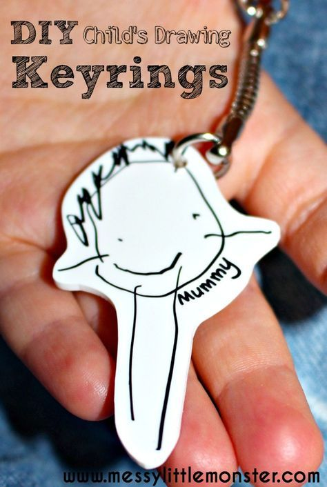 How to make a DIY keyring using a child's first drawings. A perfect craft for toddlers and preschoolers. Use shrinky dinks to make a personalised keepsake or kid made gift. Perfect for Mothers Day, Fathers Day or Christmas.