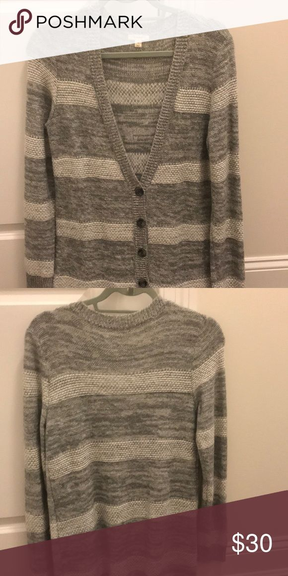 Caslon multi color cardigan Two toned grey and white strips, perfect with leggings or jeans! Medium to long in length Caslon Sweaters Cardigans