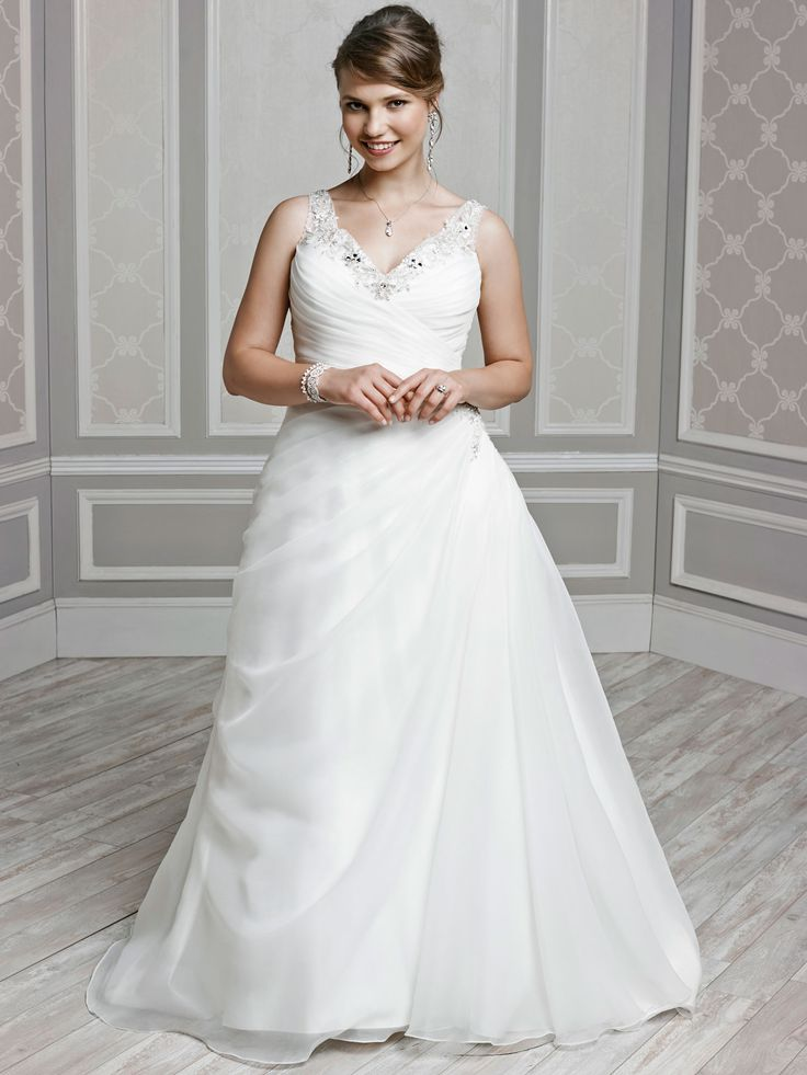 Style 3378 bridal gowns wedding dresses femme for Private label wedding dresses