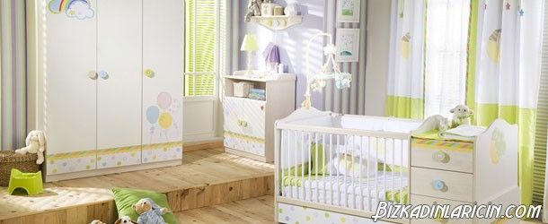 Bebek Odası Perdeleri İçin Öneriler - http://www.bizkadinlaricin.com/bebek-odasi-perdeleri-icin-oneriler.html  Bebek odası dekorasyonunda en önemli parçalardan biri perdelerdir. Bebek odası perdeleri fikirleri modası resim galerimizde bebeğinin odasına perde almak isteyen kişilere fikir verme amaçlı birbirinden güzel perdelere yer verdik. Perdenin kullanım amacı dışarının ısısının, soğuğunun veya ışığının eve girmesini engellemektir. Özelli