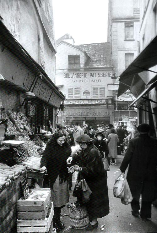 Market  Paris 1955  Willy Ronis