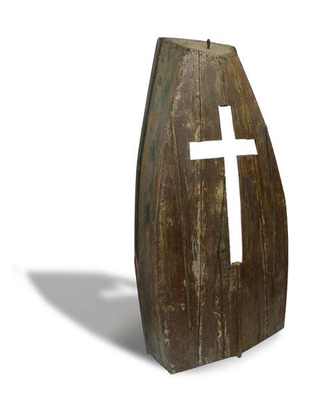 """""""Nadie camina sobre el agua""""  Bote de madera intevenido  198 x 104 x 36 cm"""