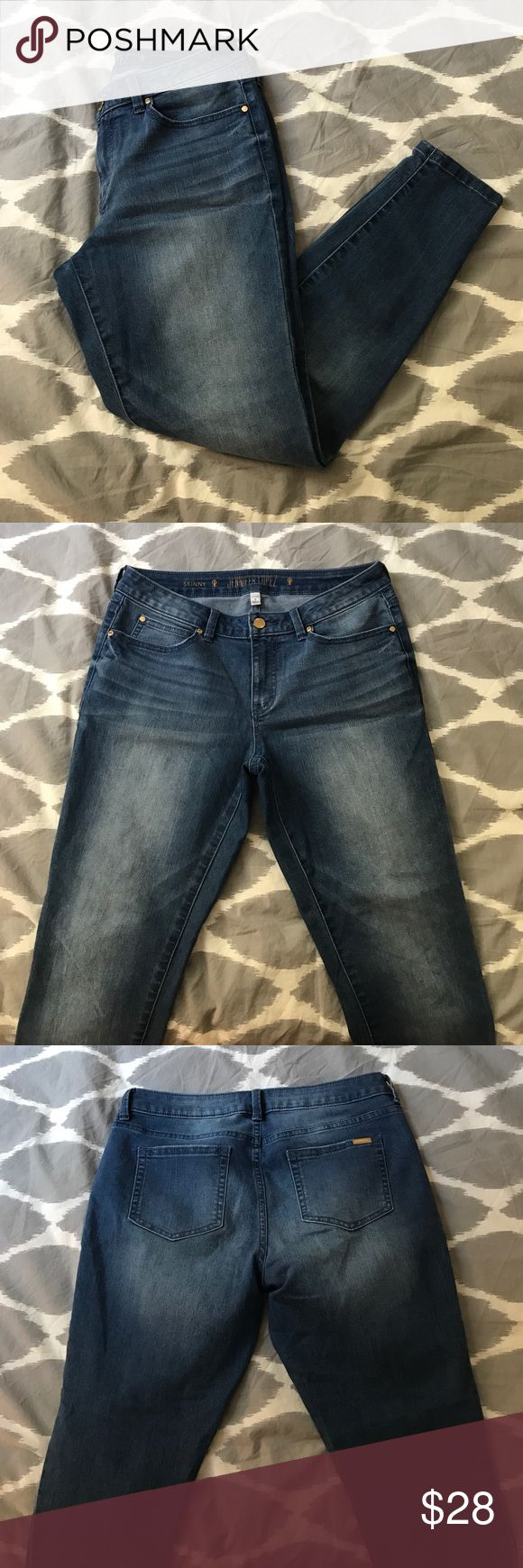 NWOT Jennifer Lopez Jeans NWOT Jennifer Lopez jeans! Great wash that goes with everything! Inseam is 26 inches. Jennifer Lopez Jeans Skinny