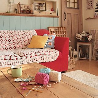 手編みソファーカバーのインテリア実例 | RoomClip (ルームクリップ) Lounge/ソファー/マグカップ/100均/ドールハウス/腰壁/ブログ
