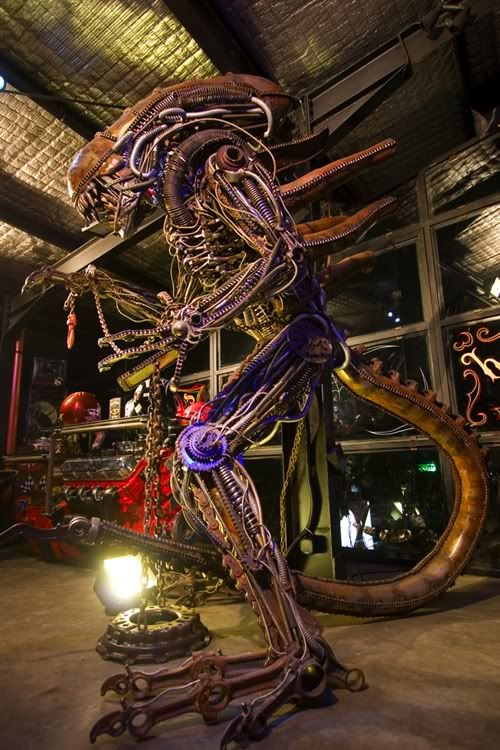 The Lifesize Alien FIgure by Fourspeed Indonesia by fourspeedindonesia.deviantart.com on @deviantART