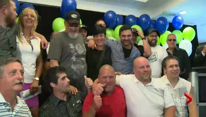 Group of 20 Quebecers wins Friday's $55 million Lotto Max | Globalnews.ca