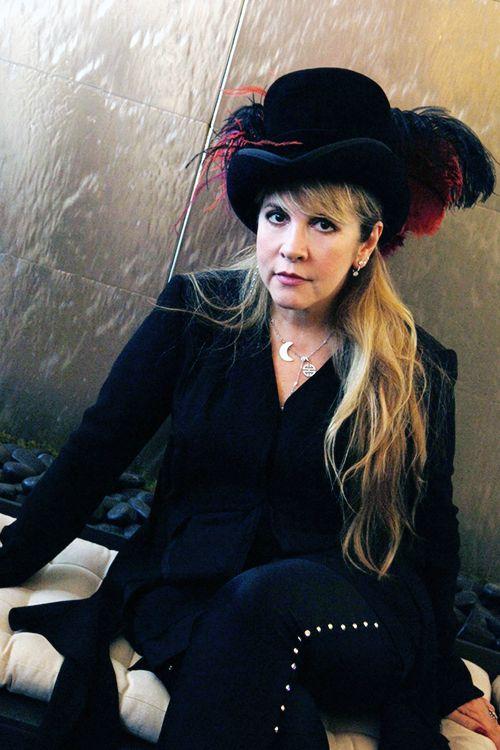 Stevie Nicks as stunning as ever,  we love you Stevie