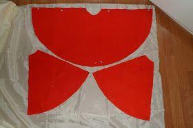 Aprovechando que se acerca halloween, os traigo un tutorial para confeccionar un disfraz infantil de caperucita roja muy facilito que he rea...