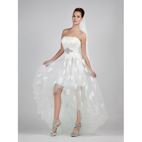 Wedding dress with feathers short at the front-long at the back