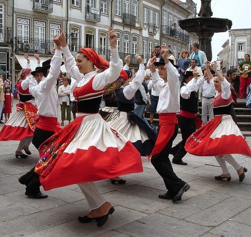 Traditional group dancers, Viana do Castelo-Portugal by Cida Garcia, via Flickr