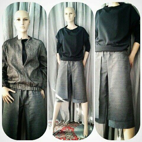 Spring outfit (maglia a cerchio 100% cotone €47, pantaloni 40% lana 60% poliammide €72, bomber sfoderato 100% lana €98) #Lavanderia18 #handmadeinItaly