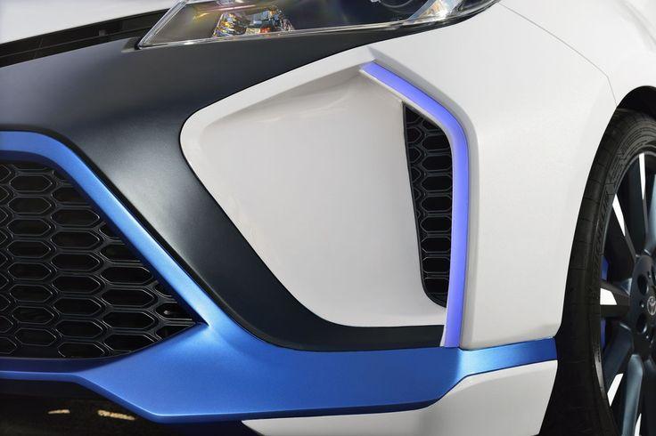 Francfort 2013 : Premières photos de la Toyota Yaris Hybrid-R Concept - Blog auto