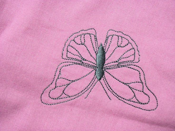 strojová výšivka - motýl 2