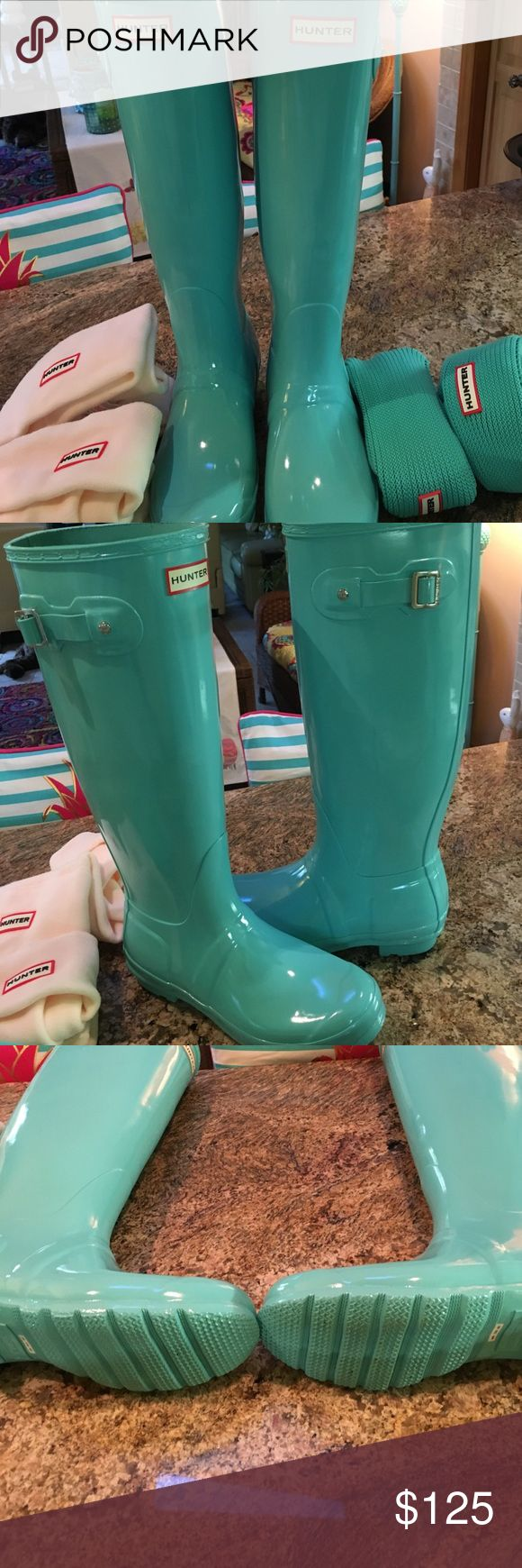 Hunter Turquoise Boots with 2 sets of liners Worn Once, Turquoise Hunter Boots with 2 pair of Hunter boot liners Hunter Boots Shoes Winter & Rain Boots