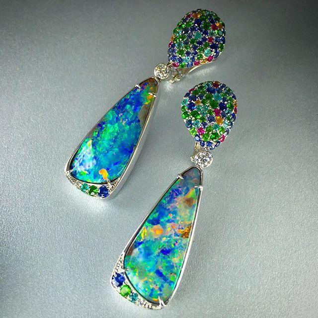 Boulder Opal earrings with Paraiba tourmaline, diamonds, sapphires, tsavorite garnets, and mandarin garnets. @eclatjewels