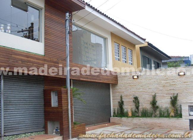 Fachada de Madeira - www.madeiradedemolicao.com