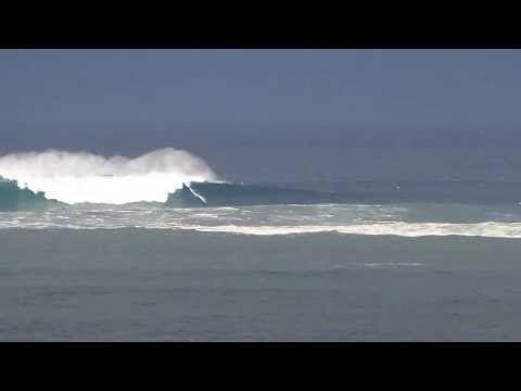 Vidéo de la Belharra du 28 octobre 2013.  Filmé depuis la Corniche d'Urrugne www.urrugne.com