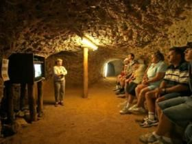 Miners Heritage Walk-In Mine - Rubyvale
