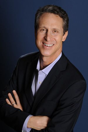 Mark Hyman, MD has dedicated his career to identifying and addressing the root causes of chronic illness through a groundbreaking whole-systems medicine approach known as Functional Medicine. He is a family physician, a six-time New York Times bestselling author, and an internationally recognized leader in his field. #functionalmedicine