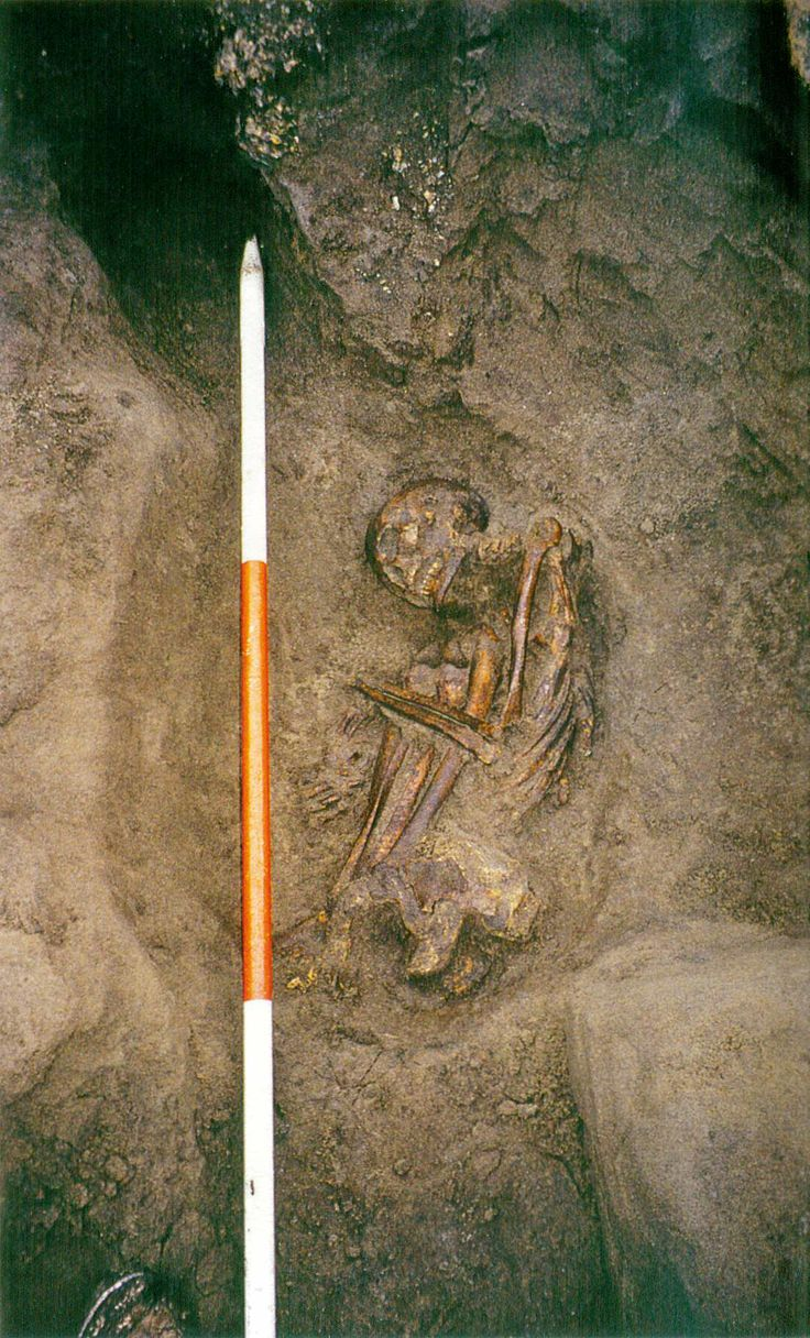 In 2001, archaeologists found two bog mummies, one apparently male, one apparently female, buried under a roundhouse in the prehistoric village of Cladh Hallan. There was no soft tissue left, but their skeletons were found in a tight crouch posture. They made news at the time for being the most ancient mummies discovered in Britain, about 3500 years old, and deliberately mummified. Researchers also noticed that the male skeleton was not just one man, but composed of body parts of different…