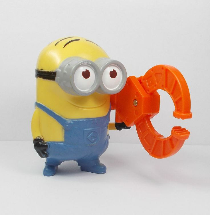 Despicable Me - Minion - Dave - Gadget Grabber - Toy Figure - Cake Topper