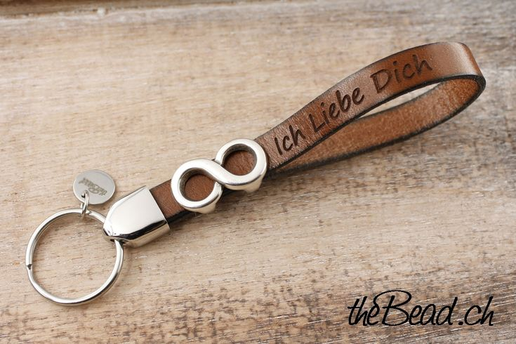 INFINITY key chain leather engraved gift idea made with ♥ by theBead - www.theBead.ch
