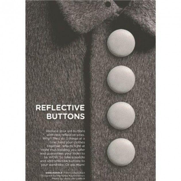Garnkurven | Sølvfargete refleksknapper som kan sys fast på luer, jakker o.l.