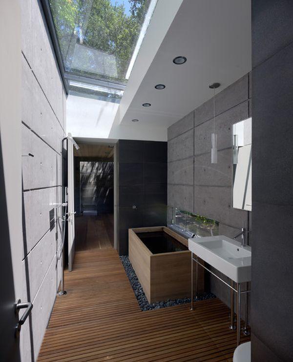 banheiro decorado com claraboia de vidro Projetos de banheiros e salas de banho com claraboias